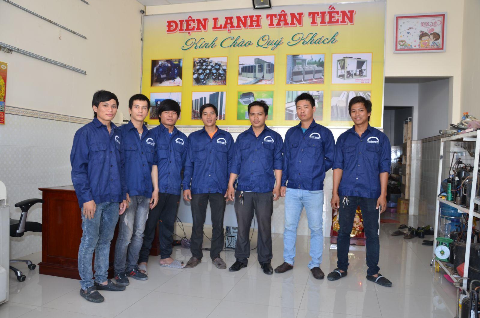 Điện lạnh Tân Tiến chuyên bán máy lạnh nội địa Nhật chính hãng
